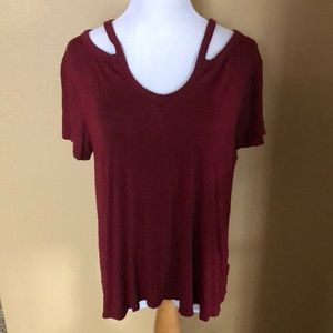 Women's short sleeve top size Large.